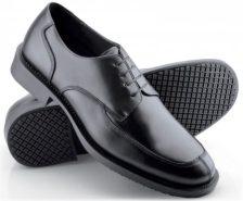 Felszolgáló cipők